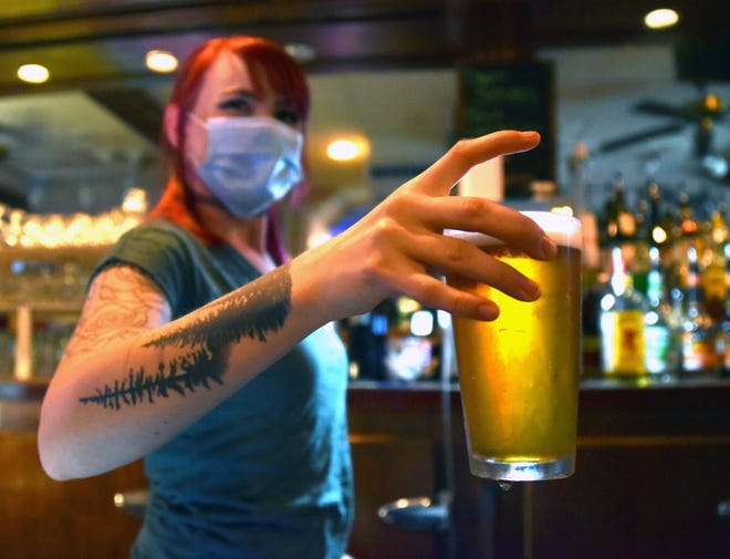 Up to $500 available to Michigan hospitality workers affected by pandemic
