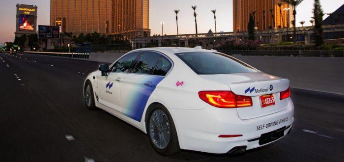 Lyft, Motional resume Vegas AV service