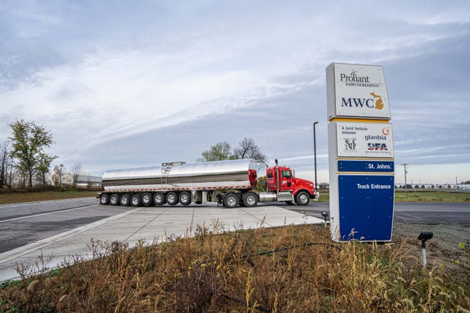 New $555M dairy processing operation in St. Johns took first deliveries of milk Tuesday
