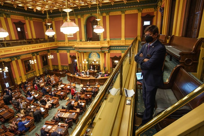 Michigan legislators worried about maskless GOP lawmakers, lack of gun control at Capitol