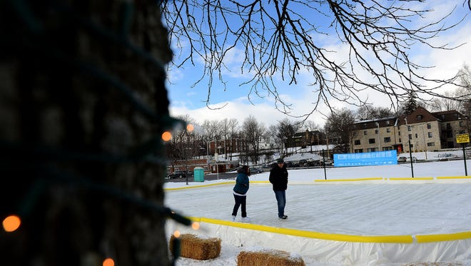 'Ice' skating rink in the works for City Hall Plaza in downtown Lansing