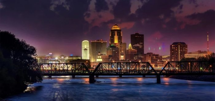 Following Google's footsteps, Des Moines pledges 24/7 clean electricity by 2035