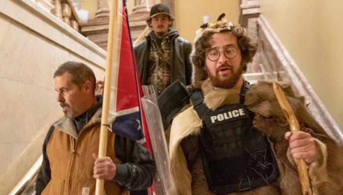 Protester with Confederate Flag in US Capitol Arrested in Delaware with His Son