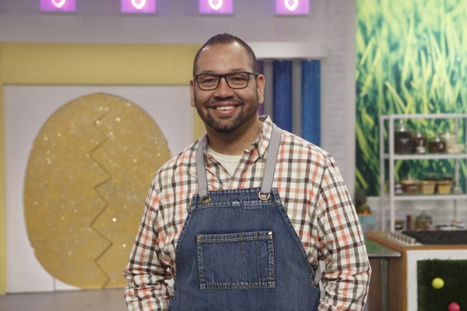 Charlotte baker Jeremy Davis to compete on Food Network for second time