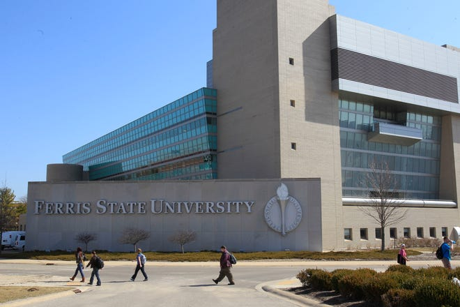 Ferris State professor fired after allegedly tweeting racist slurs; he claims free speech