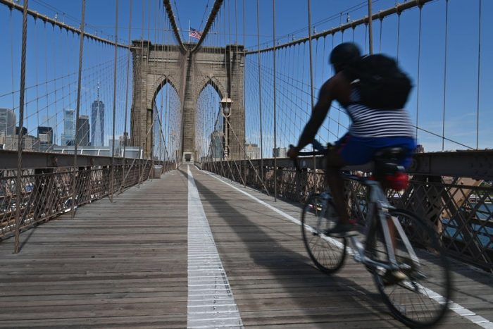 What if Congress Helped Bicyclists, and Not Drivers, for Once?