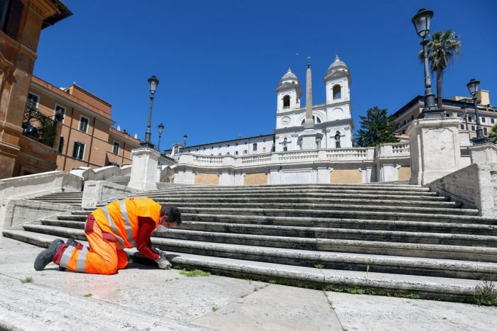 To Save Its Monuments, Rome Seeks Corporate Sponsors