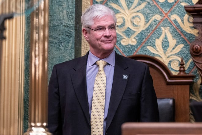 Whitmer expresses concern over Senate GOP leader's meeting with self-described militias