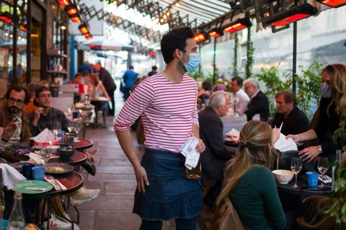 Paris Will Keep Its Covid-Era Cafe Terraces