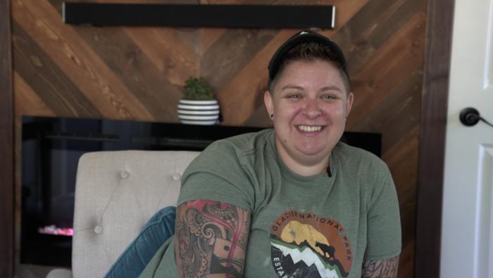 Lansing handywoman Laran Bowers shows clients that women can 'Handl' anything
