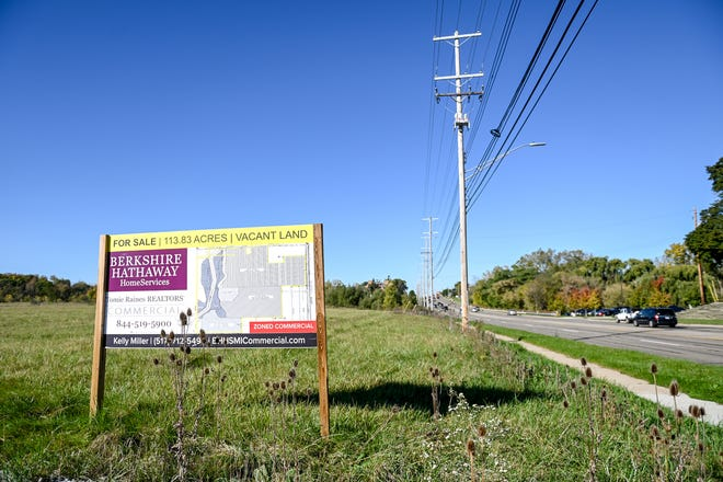114 acres for sale is last 'significant' undeveloped land along West Saginaw Highway